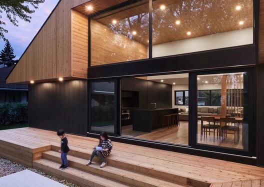 Pearl House / MXMA Architecture & Design — Inhabited Sculpture — DomainWorldTower
