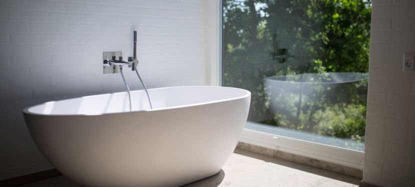 How to clean dirty bathtub effortlessly — Best Cleaning Services Montreal,Canada.